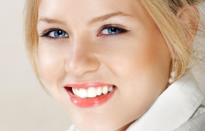 Why Teeth Whitening Should Only be Performed at the Dentist Office in Pasadena?